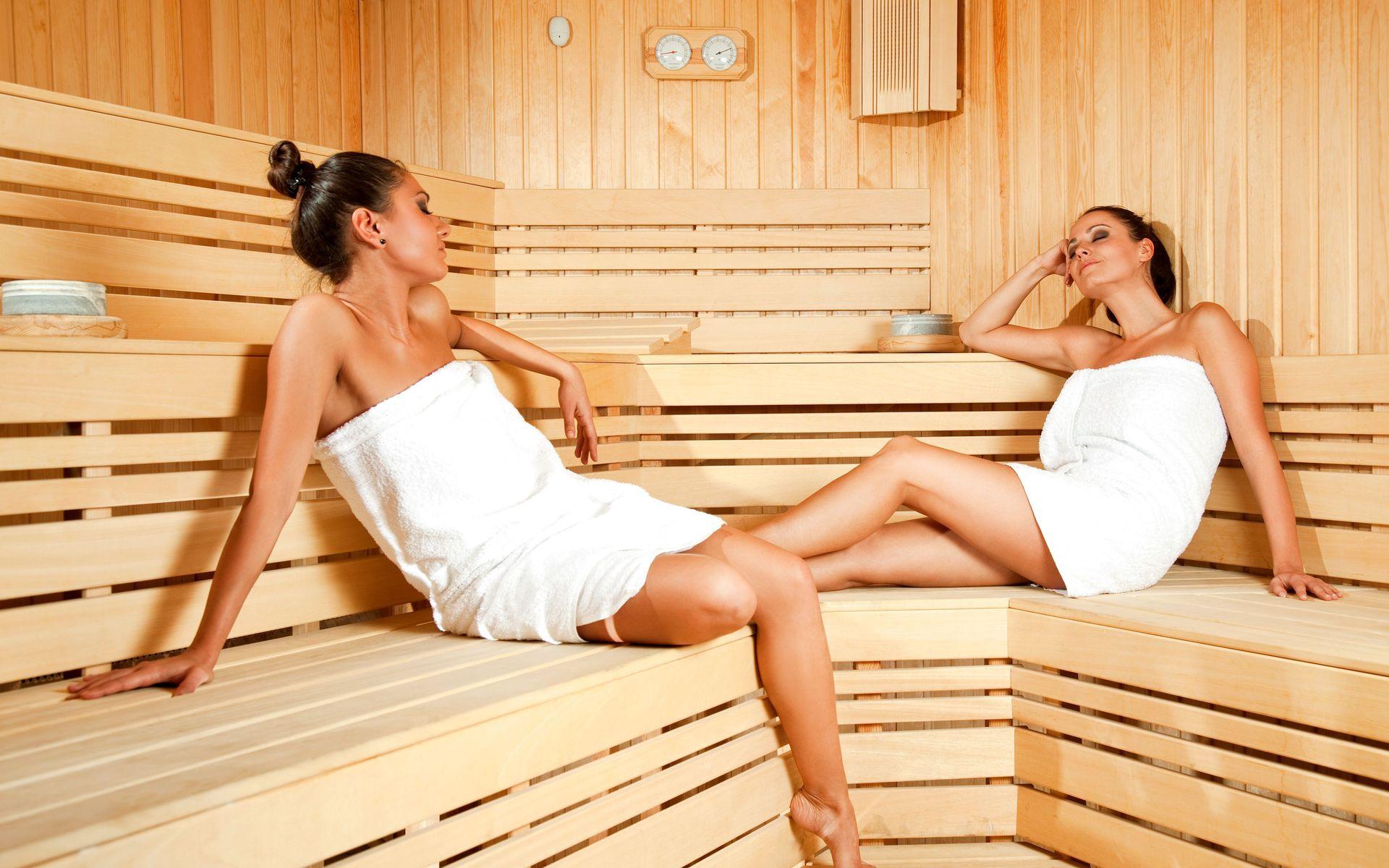 Что делает девушка в бане 4 фотография