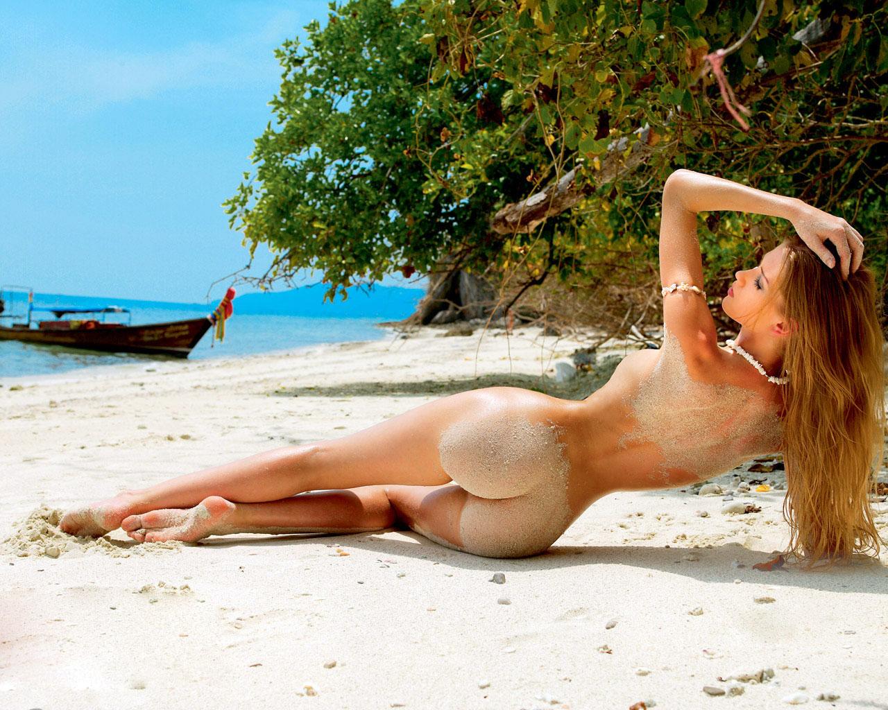 Самая красивая голая девушка в чите 14 фотография